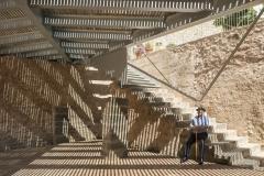 04-Placa-Sinagoga-en-estiu-©Milena-Villalba-2021-scaled
